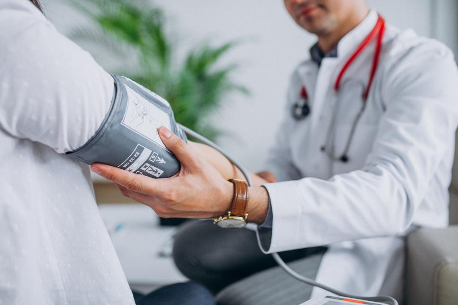 Advierten sobre el riesgo de las enfermedades coronarias como efecto colateral del coronavirus
