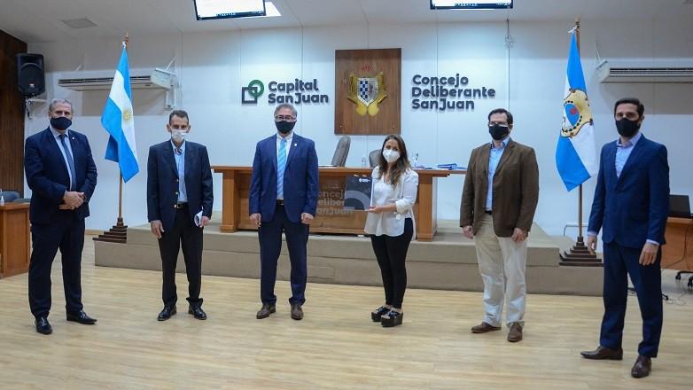 Salud recibio una copia de la norma de creacion del Registro Municipal de Pacientes Celiacos