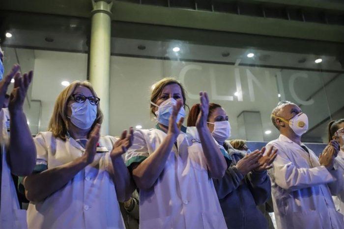 El 24% de los medicos de Catalunya han pensado en abandonar la profesion