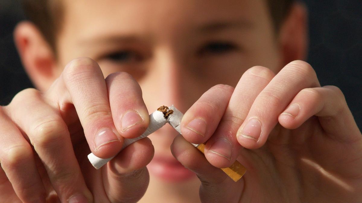 El tabaco es aun mas dañino en la adolescencia; diez consejos para evitar que nuestros hijos fumen