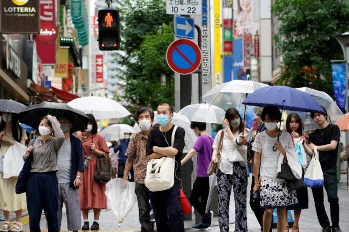 Coronavirus: la inusual estrategia de Japon para continuar la vida social y economica en medio de la pandemia