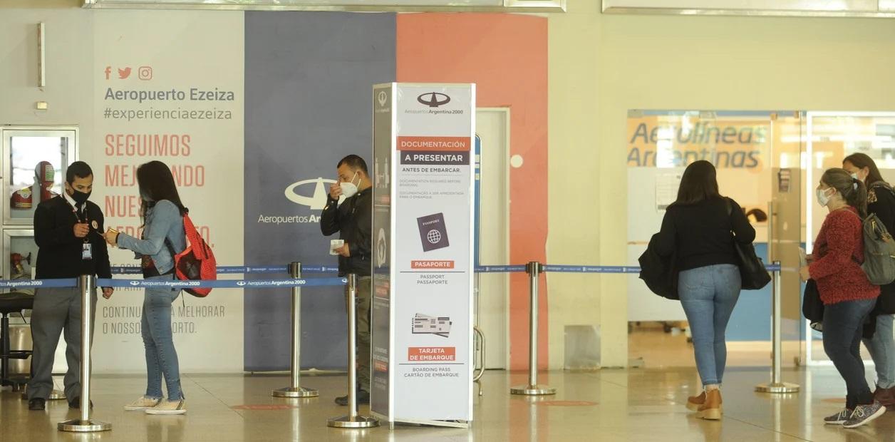 Tenia coronavirus y viajo en avion hasta Tierra del Fuego