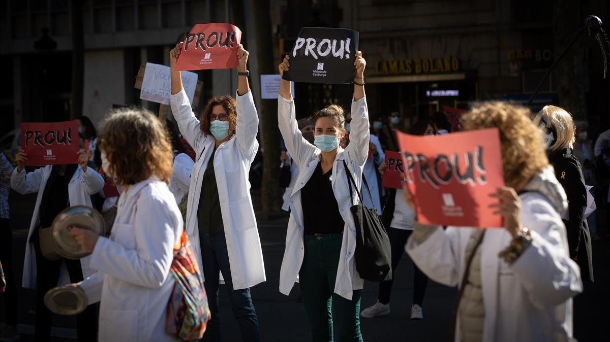 """Los MIR catalanes desconvocan la huelga tras un """"acuerdo historico"""""""