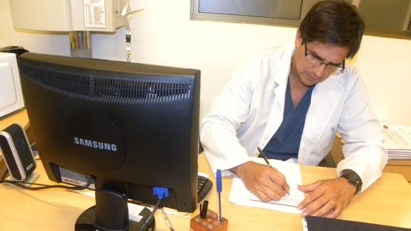 Hospital Escuela: realizaron por primera vez, en el ambito publico, la colocacion de un implante de valvula aortica transcateter