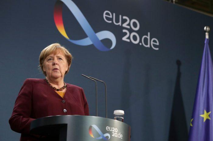 Angela Merkel llama a G20 contribuir economicamente en esfuerzo de vacuna accesible contra el COVID-19