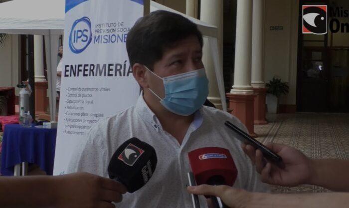 El ministro de Salud, Oscar Alarcon, apelo a la responsabilidad individual y dijo que las proximas decisiones dependen del avance del estatus epidemiologico