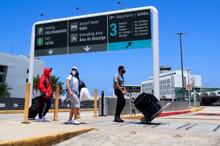 Los CDC recomiendan suspender todo viaje a Puerto Rico por riesgo de COVID-19