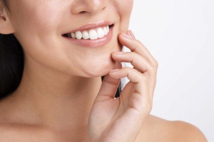 Los riesgos del carbon activo para blanquear los dientes: no piques en las promociones de influencers