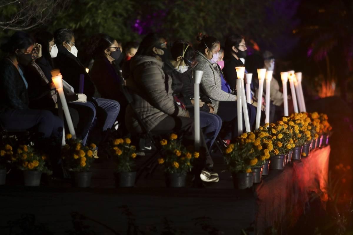 Mexico dedica celebracion del Dia de Muertos a fallecidos por la pandemia