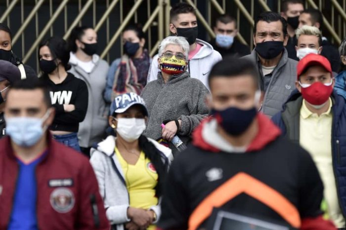 Antioquia y Bogota superaron este jueves los 2.000 casos diarios de covid-19