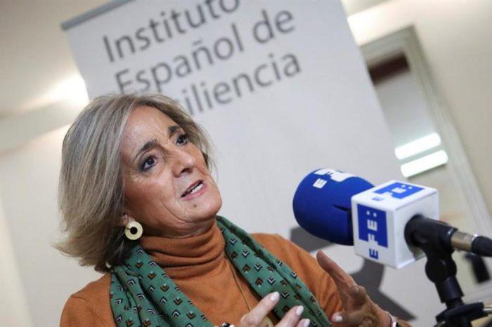 """Rafaela Santos, neuropsiquiatra: """"La gente ha perdido la confianza y eso aumenta el estres"""""""