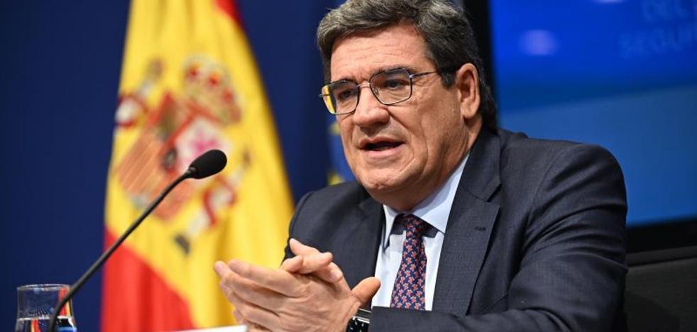 Escriva descarta un cierre domiciliario inmediato en España
