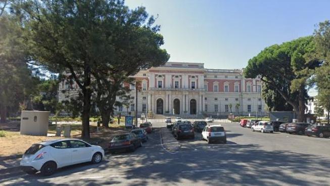 Italia: asi paciente murio de coronavirus en el baño de un hospital