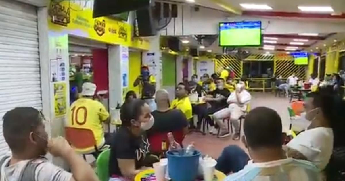 Cuidado, que la celebracion de los goles no se convierta en contagios de COVID-19