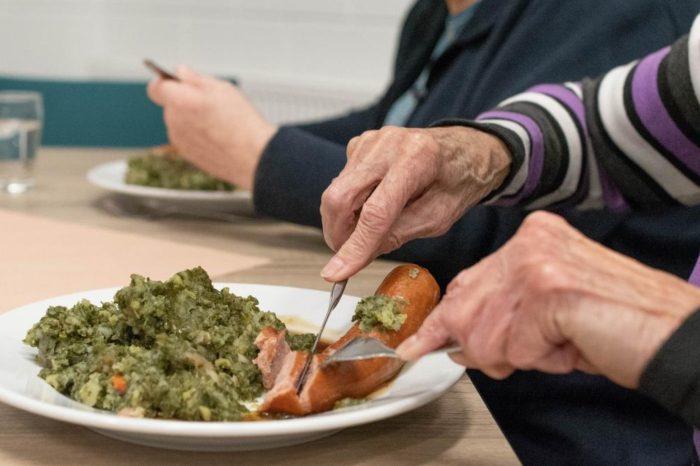 La alimentación en la tercera edad. ¿Qué comer y qué no cuando nos hacemos mayores?