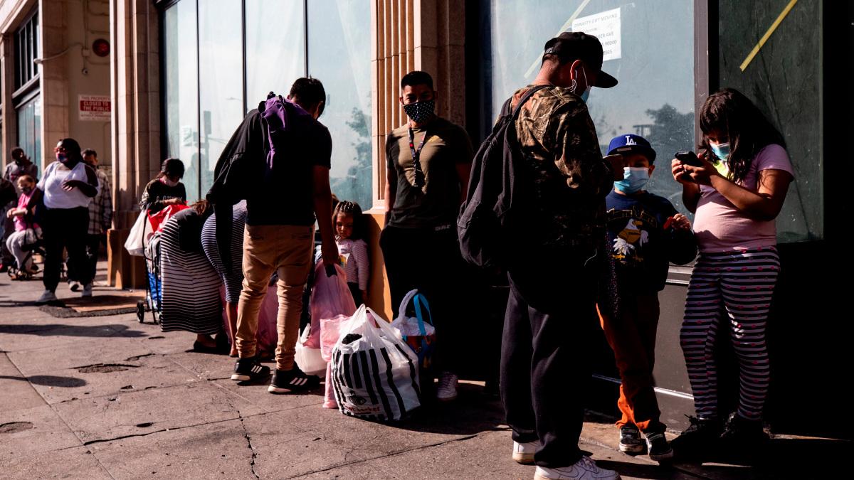 Estados se quedan sin dinero ante la pandemia y necesitan fondos federales
