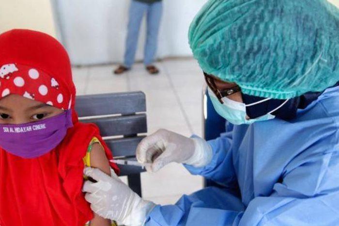 Un iniciativa para vacunar a 2.000 millones de personas contra la covid