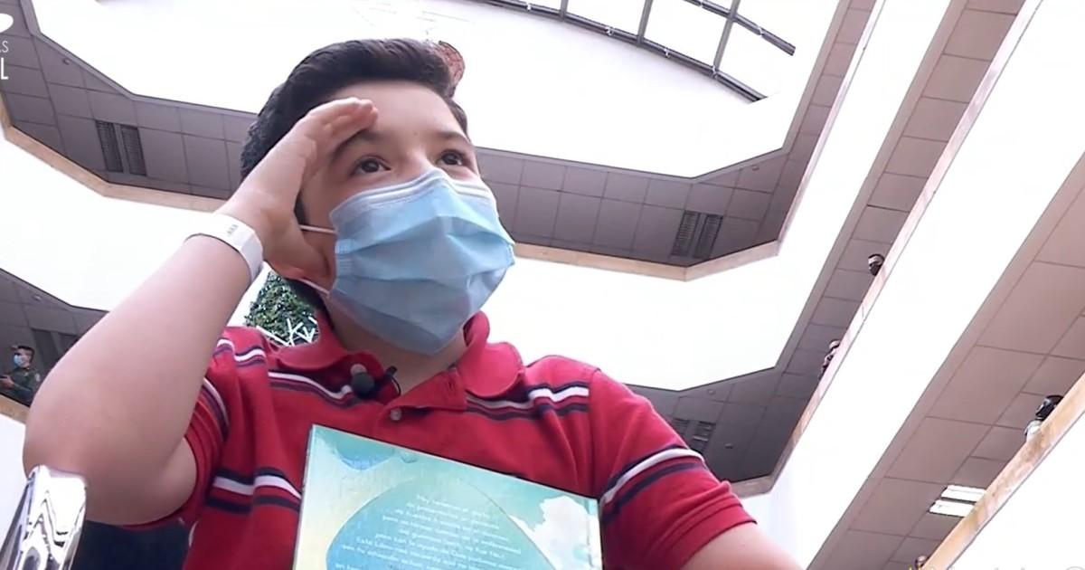 """""""Naci para vencer a los gigantes"""": niño que derroto al cancer plasmo su batalla en un libro"""
