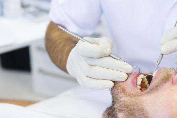 Niños, ancianos y sin importar el codigo postal: las exigencias al Gobierno para ampliar la cobertura publica del dentista