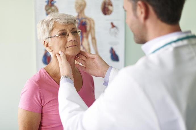 Como detectar el hipotiroidismo en las personas de edad avanzada