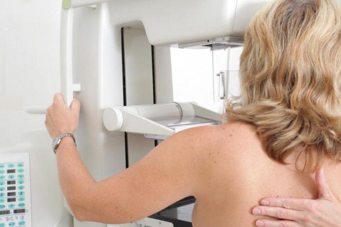 Las mujeres menopausicas con el cancer de mama mas frecuente podran evitar la quimioterapia