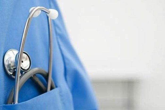¿Que sonidos corporales escuchan los medicos con el estetoscopio?