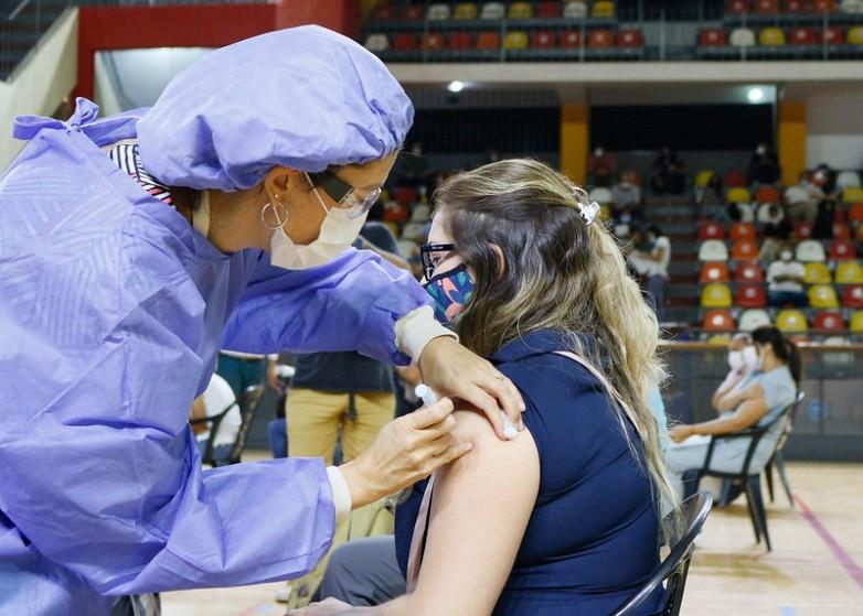 Ya se colocaron 1.235 dosis de vacunas contra el COVID-19