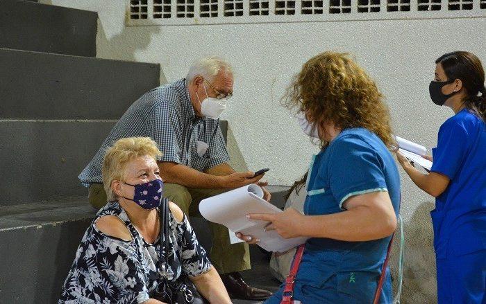 Requisitos a cumplir por los profesionales de la salud para recibir la vacuna contra el COVID-19