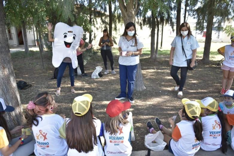 Odontologia participa en Verano en Casa con consejeria y videos preventivos