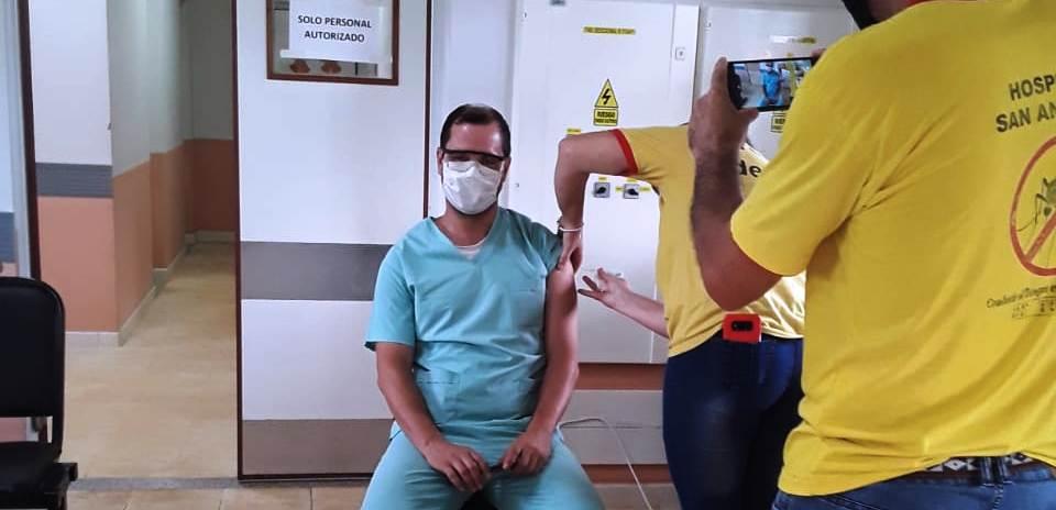 """""""La vacuna es una herramienta que nos permite luchar contra el COVID-19"""", señalan trabajadores de salud de Misiones"""
