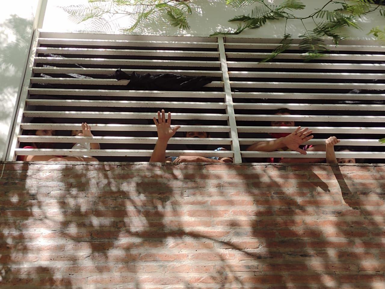 Video: impactante video de aislados encerrados tras las rejas en Formosa.