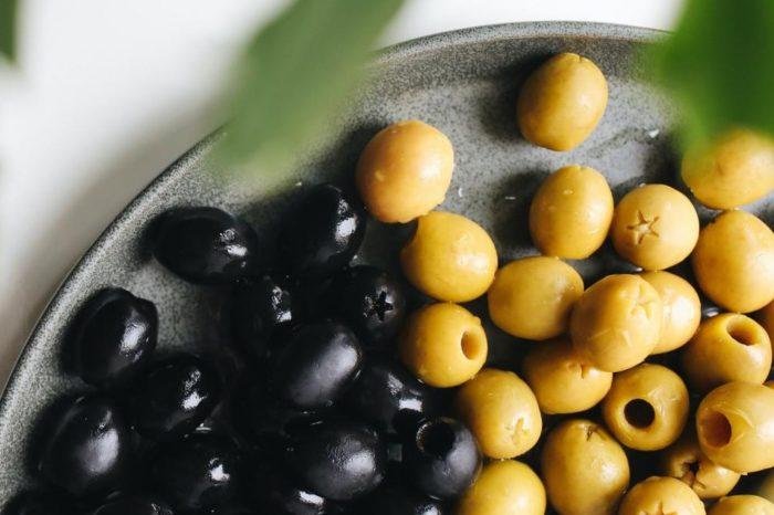 Aceitunas verdes y negras. ¿Son igual de nutritivas? ¿Cual engorda mas?