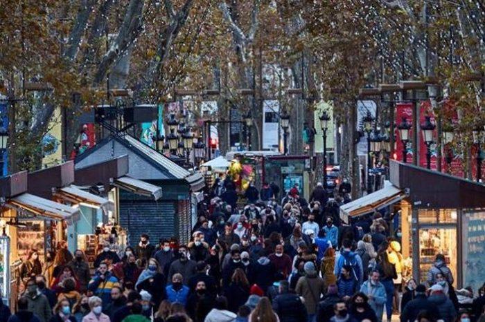 Cataluña endurece las restricciones durante 10 dias