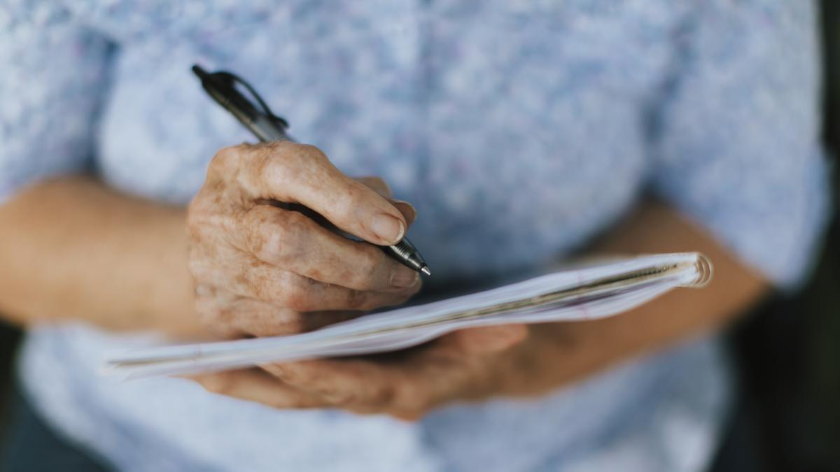 Un estudio concluye que la cirugia mayor puede acelerar el alzheimer