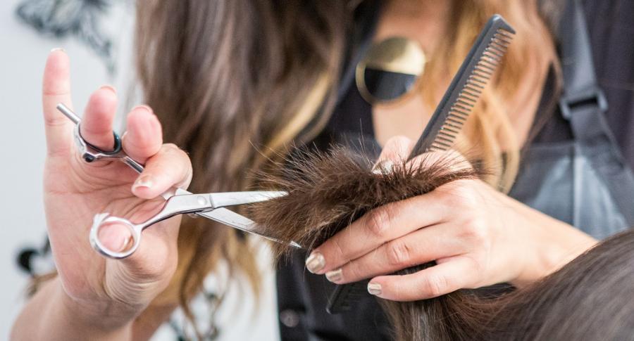 ¿Cuando deberia cortarse el cabello, segun las fases lunares?
