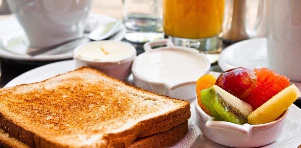 Conoce opciones de desayunos saludables para comenzar a mejorar los habitos alimentarios