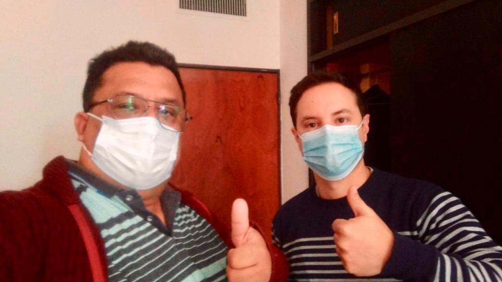 Roberto Velazquez y Gaston Gomez Cuba:medicos heroes, lo que nos dejo este 2020 - Vision Misionera