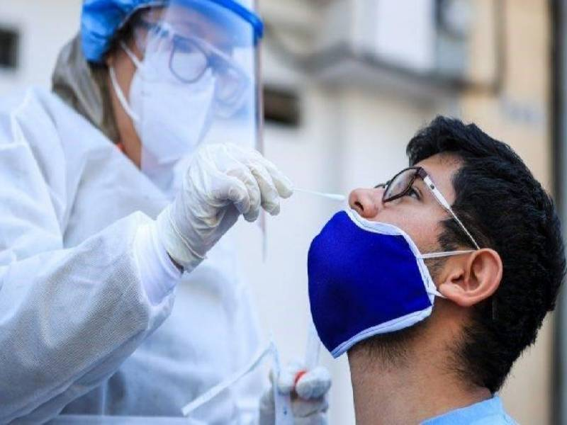 Coronavirus Un estudio comprobo que las muestras de saliva podrian reemplazar al hisopado