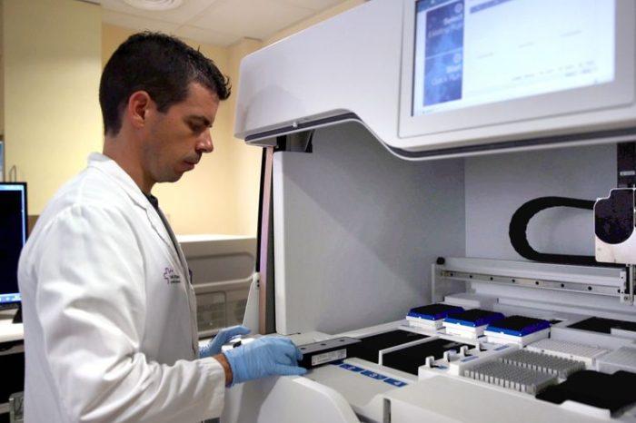 Catalunya propone crear un 'hub' de medicina personalizada con los fondos europeos