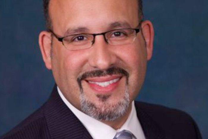 A vista publica la designacion del puertorriqueño Miguel Cardona como secretario de Educacion de Estados Unidos