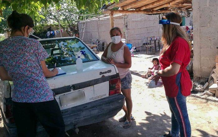El equipo de Salud de Sarmiento realiza controles medicos a pobladores de Cochagual