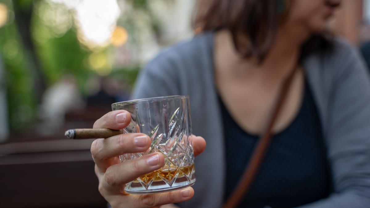 Como afecta al cuerpo beber, fumar y consumir drogas desde joven
