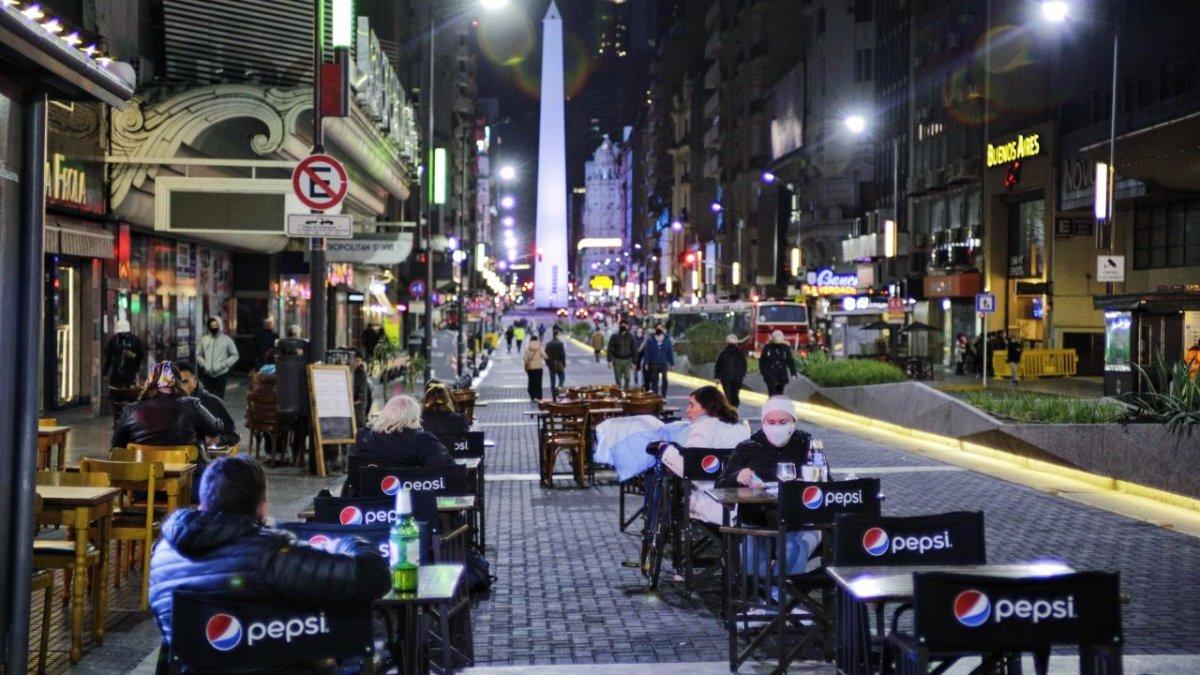Los bares y restaurantes de la Ciudad podran cerrar a las 2 de la madrugada