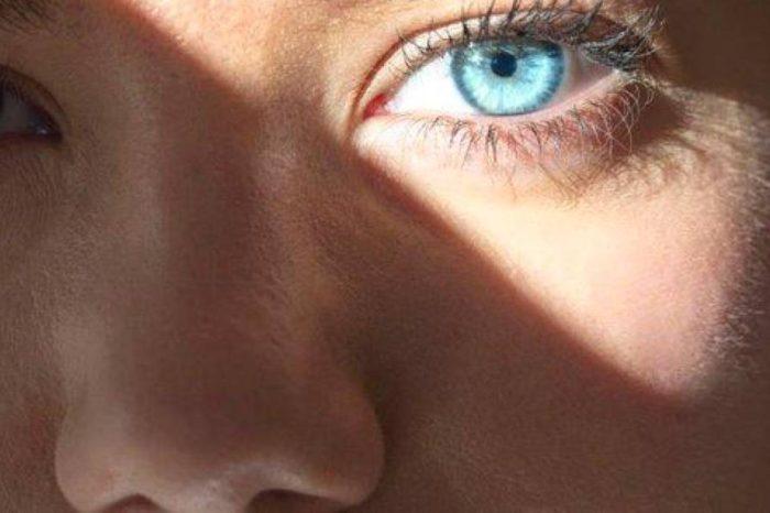 Estos son los 5 habitos que mas dañan la vista y que debes evitar