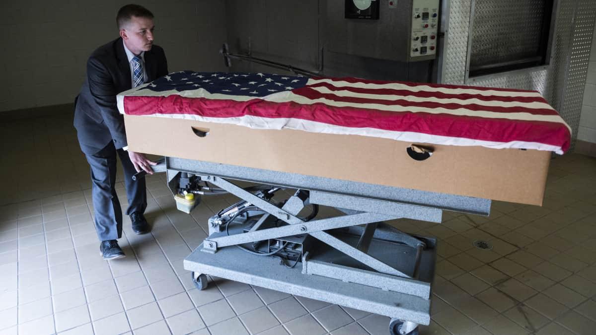 Medio millon de fallecidos: la huella mortal dejada hasta ahora por el covid - 19 en Estados Unidos