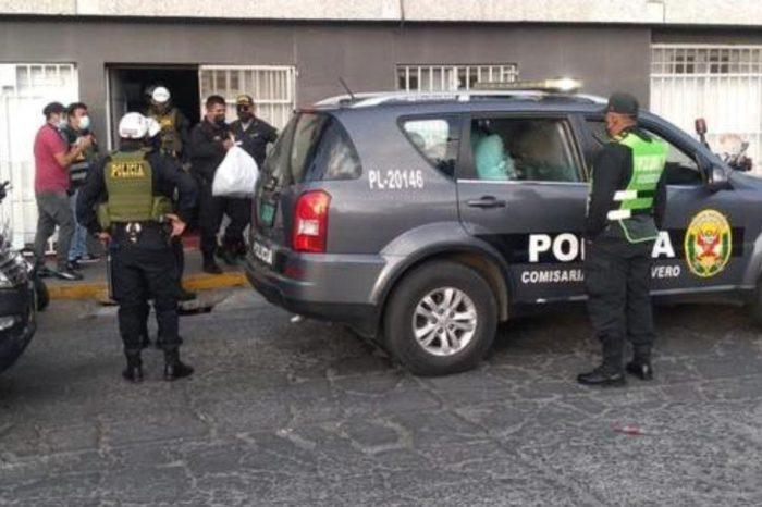 Asi policias desbaratan fiesta clandestina en un sauna denunciado por prostitucion