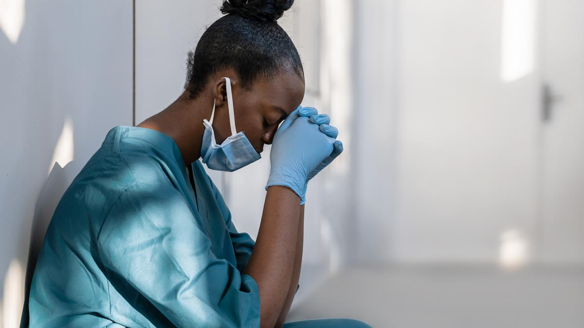 Mas de 1.000 sanitarios recurren al Tele Apoyo Psicologico de la Fundacion
