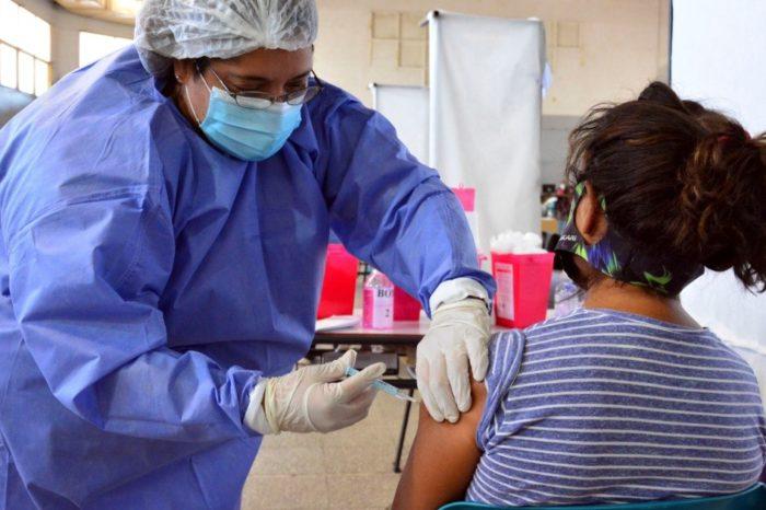 Ya hay mas gente vacunada que casos de coronavirus en el pais