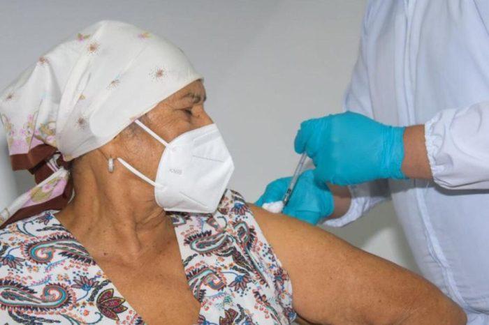 70% de los colombianos se vacunarian, segun encuesta nacional