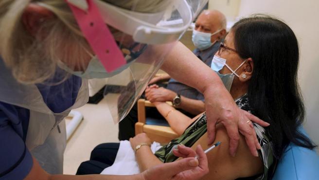 La virologa del CSIC Sonia Zuñiga explica por que hay llevar mascarilla aunque te hayan vacunado de la Covid